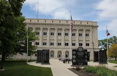 Veterans Monument at Pocahontas IA Courthouse